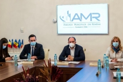 AMR-CALM-12